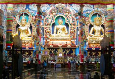 Namdroling Monastery, Karnataka