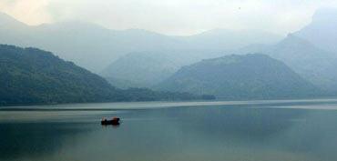Aliyar Dam, Tamil Nadu