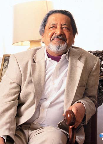 VS Naipaul, Nobel Laureate in Literature