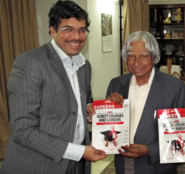 Former President A P J Abdul Kalam and Maheshwer Peri with the first copy of Careers360