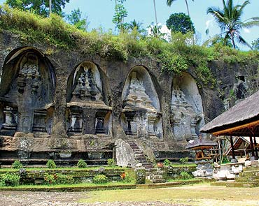 Gunung Kawi is an 11th century temple in Tampaksiring. The shrines are carved into the cliff.