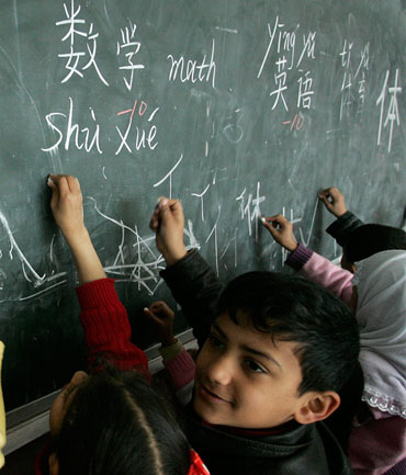 When it comes to learning Mandarin, many parents like their young ones to start young