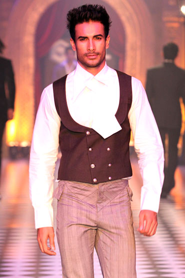 A Karan Johar-Varun Bahl creation at HDIL India Couture Week