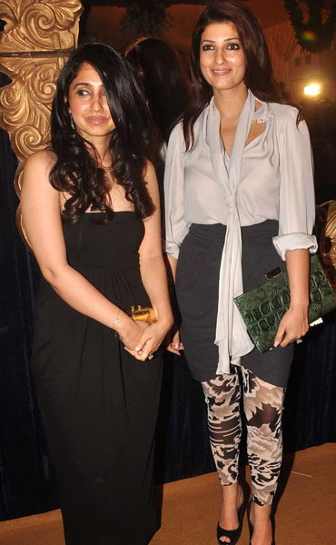 Rinke and Twinkle Khanna at HDIL India Couture Week