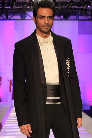 Arjun Rampal for Shahab Durazi at HDIL India Couture Week