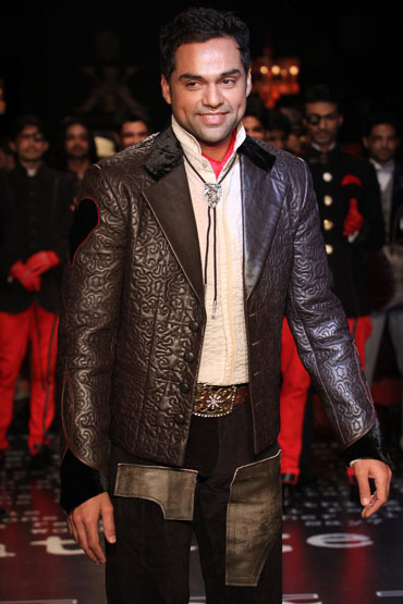 Abhay Deol for Arjun Khanna at HDIL India Couture Week