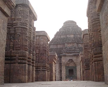 Decay and reinstatement at Konark Temple