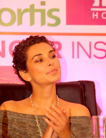 Lisa Ray at the launch of a Fortis Cancer Institute in Mulund, Mumbai