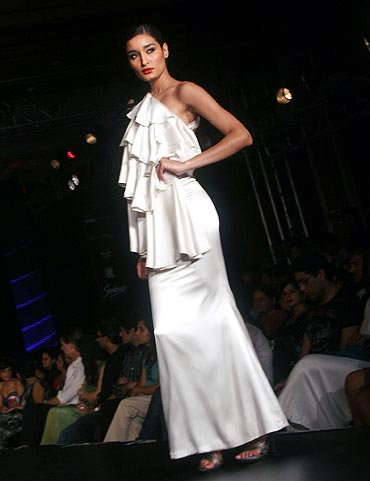 A Shantanu Nikhil creation