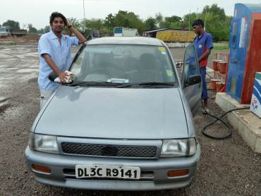 Rustam Sengupta at a petrol pump during his Rajasthan tour