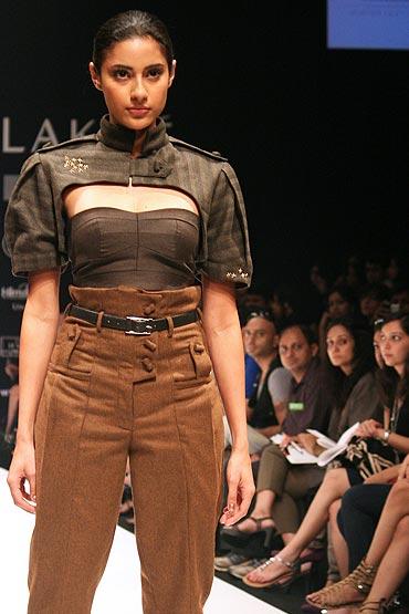 What a waist!
