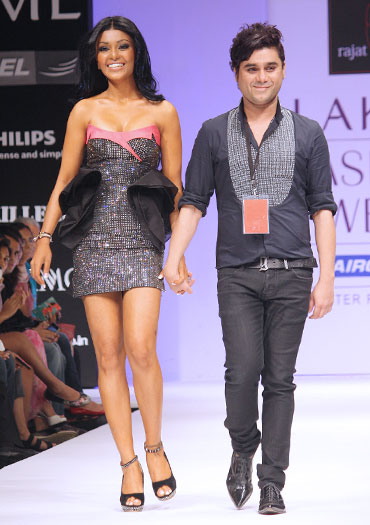 Rajat Tangri and Koena Mitra take a bow
