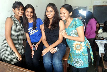 college girls Mumbai