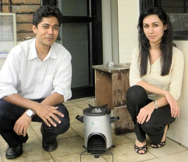 Ankit Mathur and Neha Juneja with their invention