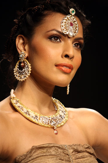 Deepti Gujral for Dipti Amisha