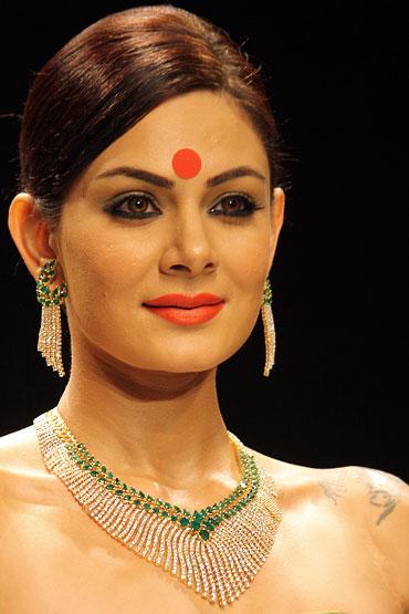 Anchal Kumar for Sawansukha Jewellers Pvt Ltd
