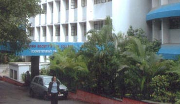 Symbiosis Society's Law College, Pune