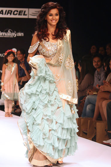 Shibani Dandekar for Payal Singhal