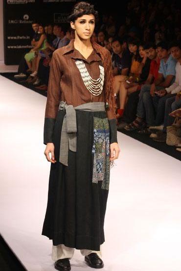 Alesia Raut for Paromita Banerjee