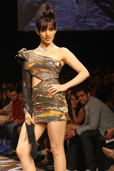 Neha Sharma in a Pria Kataaria Puri creation