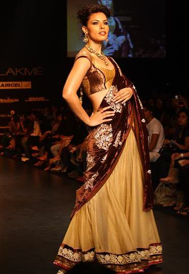 Deepti Gujral for Shyamal and Bhumika