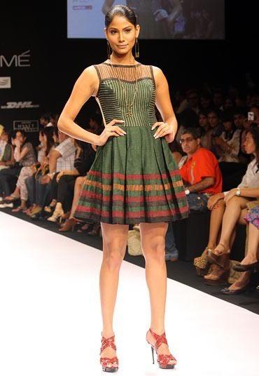 Nicole Faria for Sabah Khan