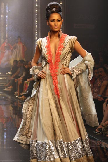 Surelee Joseph for Manish Malhotra