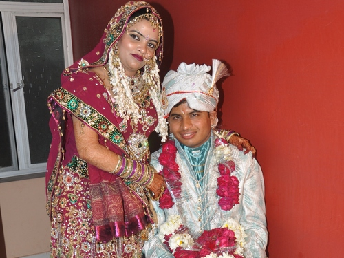 Shyam Gupta with his wife