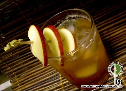 Apple-n-Mint Tea Punch