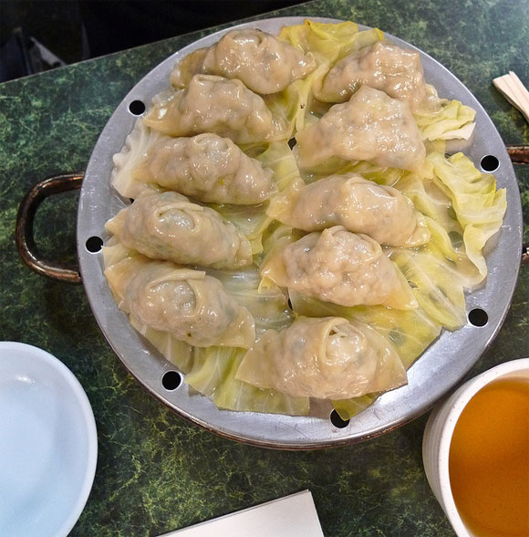 Dishes like steamed dumplings are usually a healthy option while eating out