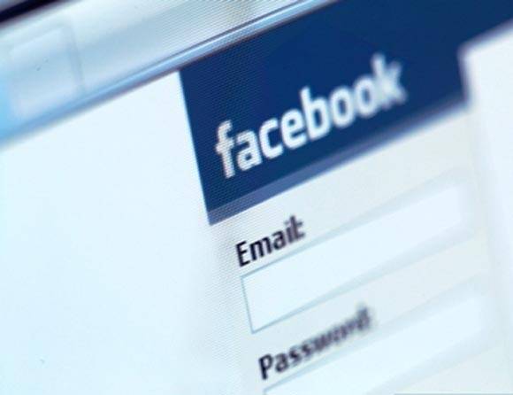 5 ways to overcome your Facebook addiction
