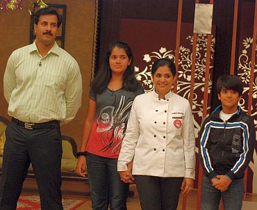Pankaj's family turned up to support her on the sets -- it was her kids who insisted she participate