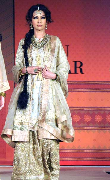Sanea Shaikh for Ritu Kumar