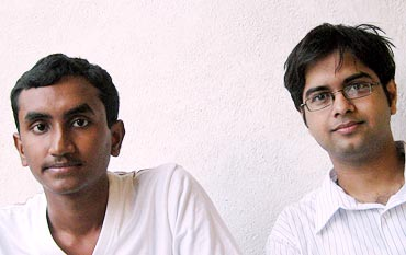 Vaibhav Tidke with his colleague Swapnil Kokate (aged 19) who works with him at Science For Society