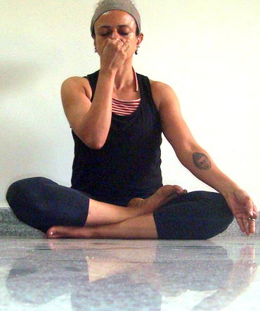Nadi shodhana or Energy channel purifying breathing practice