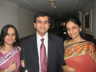 Ashish Goyal his sisters Garima (L) and Neha