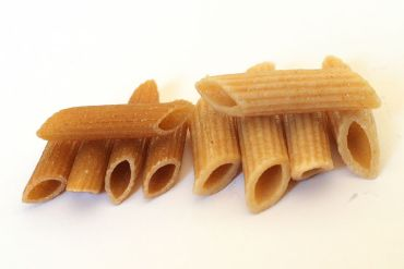 Whole wheat pasta will keep you on track with your diet when eating out