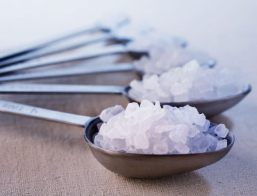 10 reasons to control your salt intake, right away