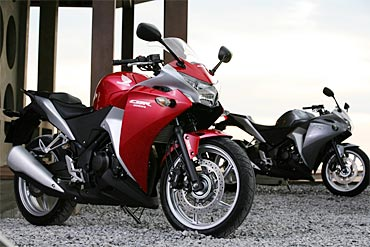 PHOTOS: Check out the superb Honda CBR250R