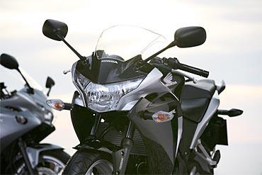 PHOTOS: Check out the superb Honda CBR250R
