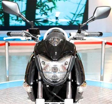 Suzuki GW250