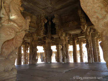 The Kalyana Mandapa or marriage hall almost surpasses the Maha Mandapa in beauty.