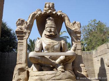 Lakshmi-Narasimha statue, Hampi