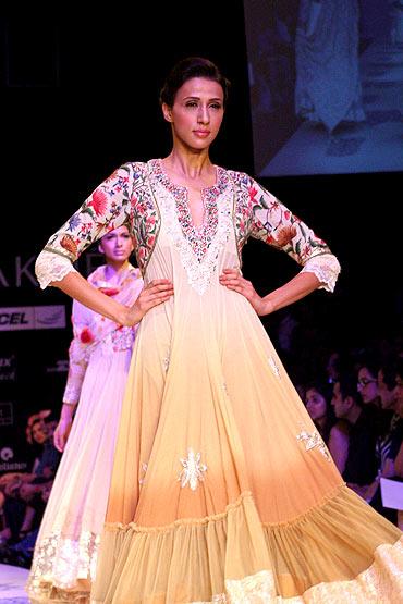 Model Anjali Raut in a Manish Malhotra creation.