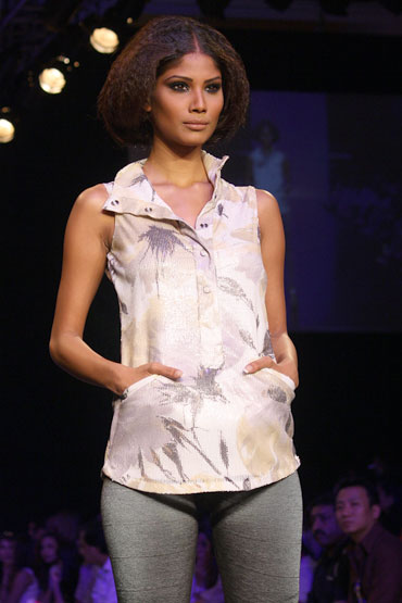 Nicole Faria for Siddhartha Tytler