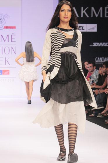 Sanea Shaikh for Abhishek Byas
