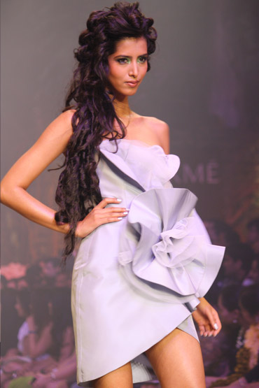 Manasvi Mamgai in a Gauri and Nainika creation.