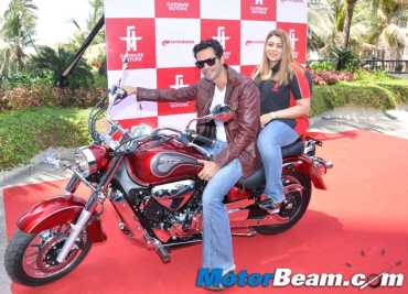 Hyosung GT650R's first customer Arjun Rampal with Diya Garware, Managing Director, garware Motors