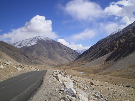 Ladakh's breathtakingly beautiful landscape makes you fall in love with the place instantly.