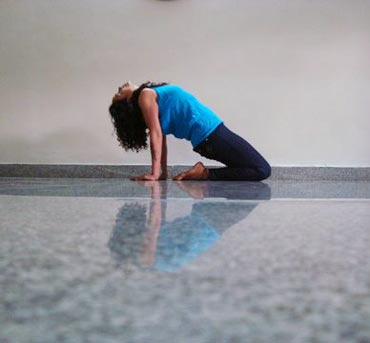 5 yoga poses to cure erectile dysfunction - Rediff Getahead